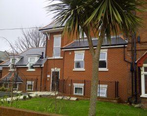 Homedean Court, Holdenhurst Road