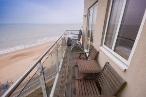 Honeycombe Beach, BH5 1LE