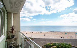 Honeycombe Beach, BH5 1LG